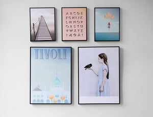 how to display wall art in groups