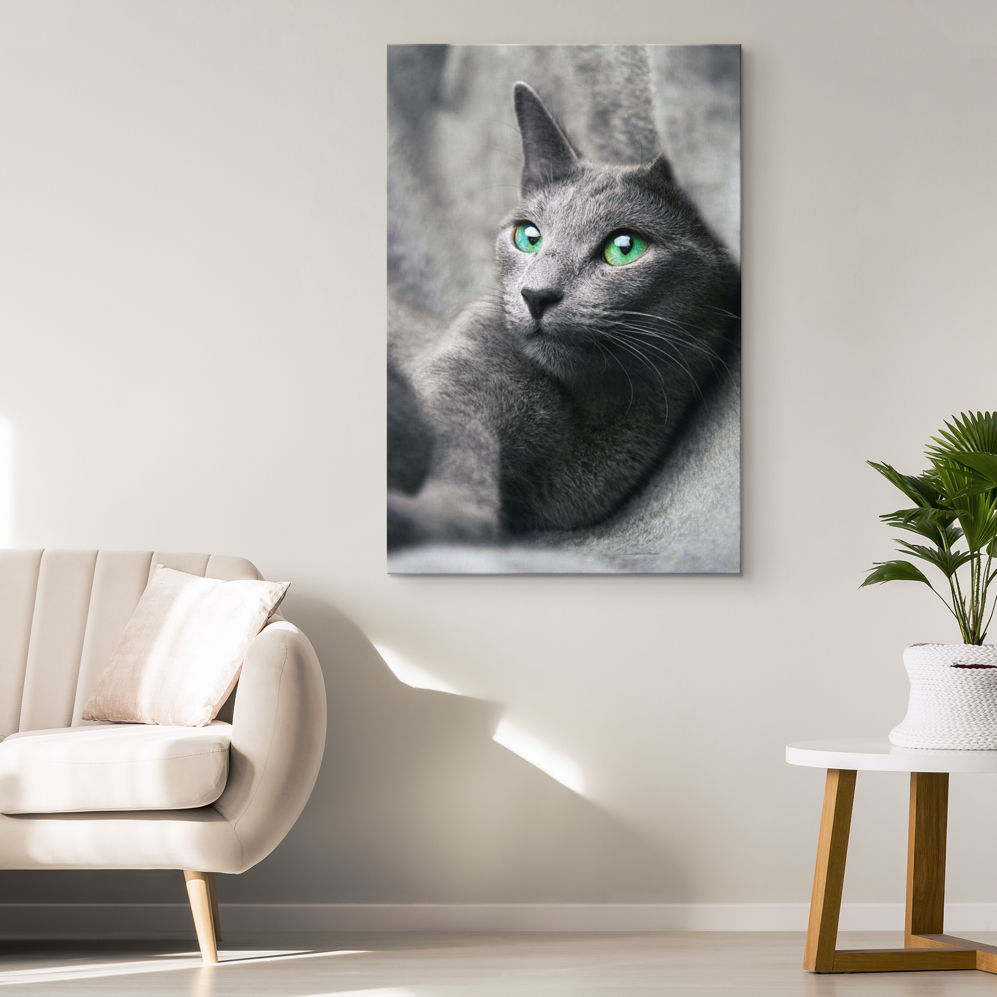 """RUSSIAN GREEN-EYED CAT"" PREMIUM CANVAS"