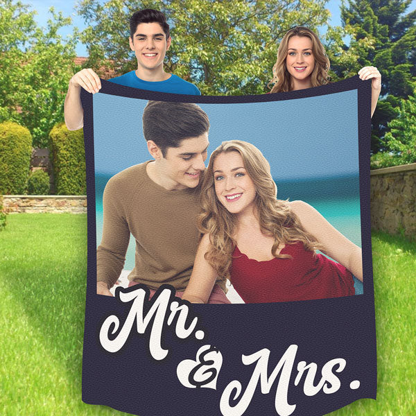 "Personalized Photo Fleece Blanket ""Mr & Mrs"""