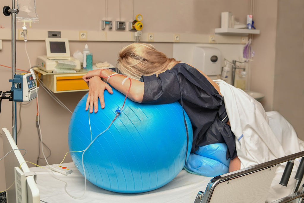 giving birth birthing ball pain relief