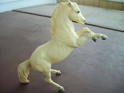 Breyer #30  King the Fighting Stallion