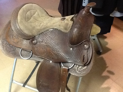 "Like New 16"" Double T Pleasure Saddle"