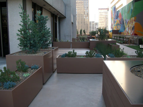 Wilshire collection lightweight fiberglass planters