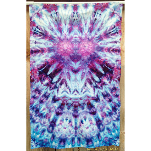 Buzz Buzz - medium tapestry