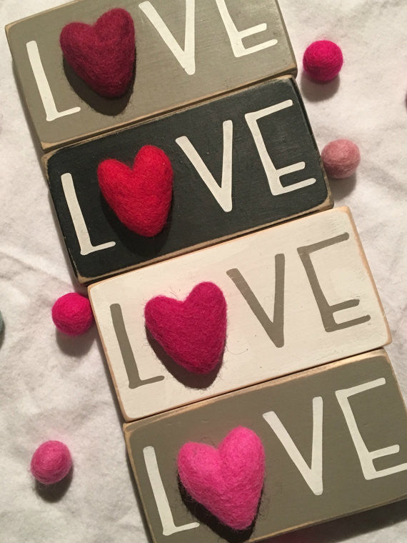 love signs wooden valentine day love signs felt hearts valentine love hearts - Valentine Signs