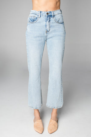 Lively High-Waisted  Mom Jean - Light Wash
