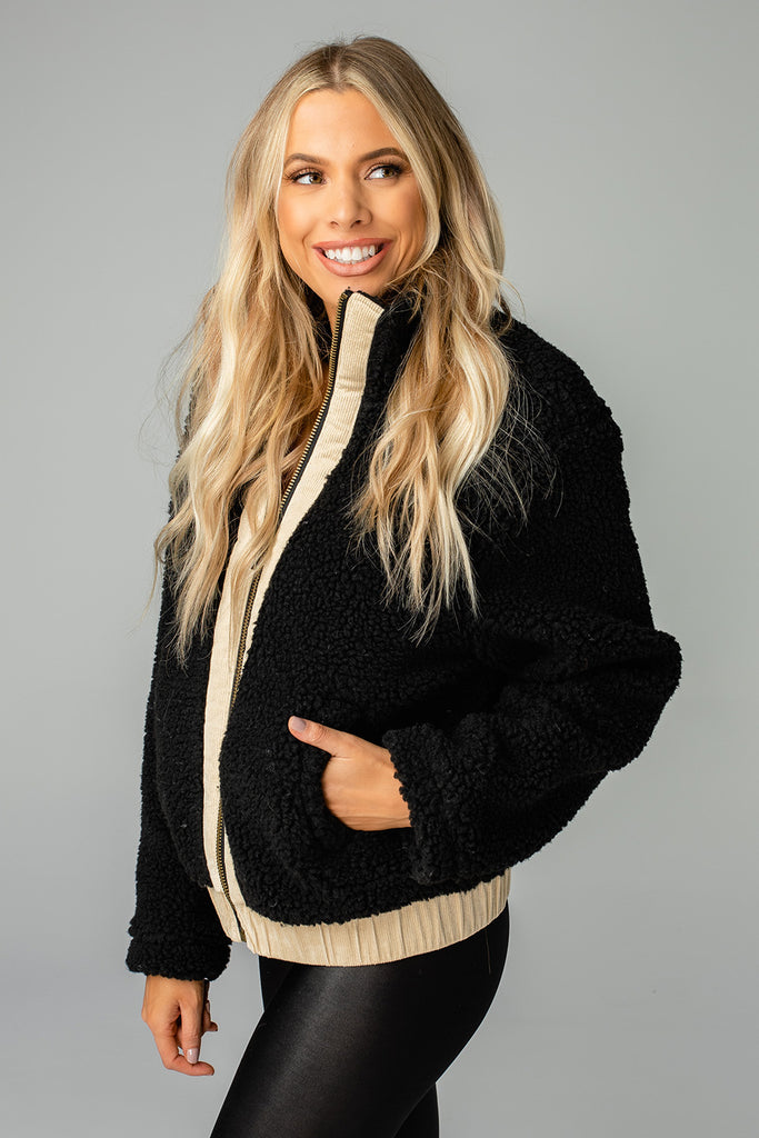 Gloria Fuzzy Jacket -Black
