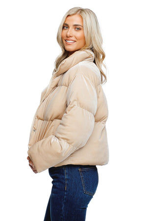 Nicks Puffy Zipper Closure Jacket - Pearl
