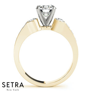 14K FINE GOLD 3 STONE ROUND CUT ENGAGEMENT RING