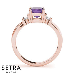14kt Emerald Cut Amethyst & Diamonds Classic Ring