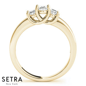 14K FINE GOLD ELEGANT ENGAGEMENT RING DIAMONDS 3 STONE OVAL