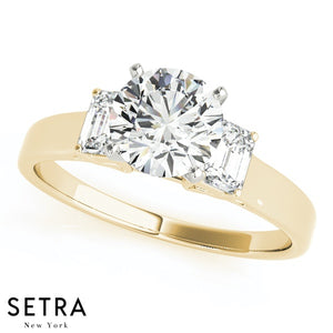 14K FINE GOLD 3 STONE RADIANT CUT ENGAGEMENT RING