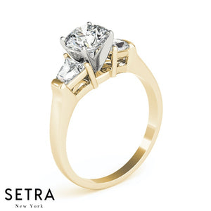 TRAPEZOID AND ROUND DIAMONDS 3 STONE ENGAGEMENT 14kt GOLD RING