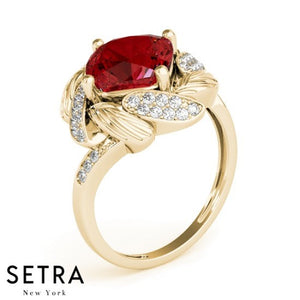 14k Yellow Gold Center Ruby Cushion Cut Gem & Diamodiands Ring