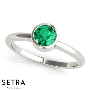 Solitaire Bezel Setting Round Cut Emerald  14kt Fine Rose Gold Ring