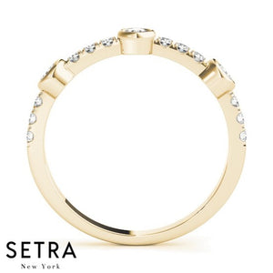 ROUND CUT DIAMOND WEDDING BAND 14K GOLD