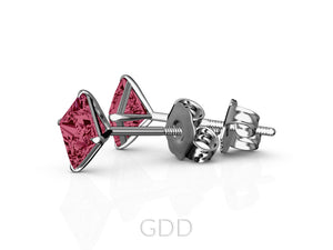 FINE 18K YELLOW GOLD RUBY STUD EARRINGS EAGLE PRONG SETTING