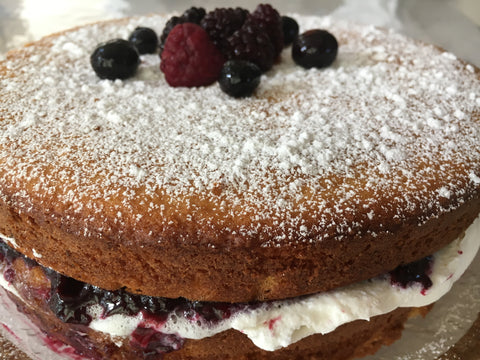 Berries Marmalade Cake (Gluten free available)