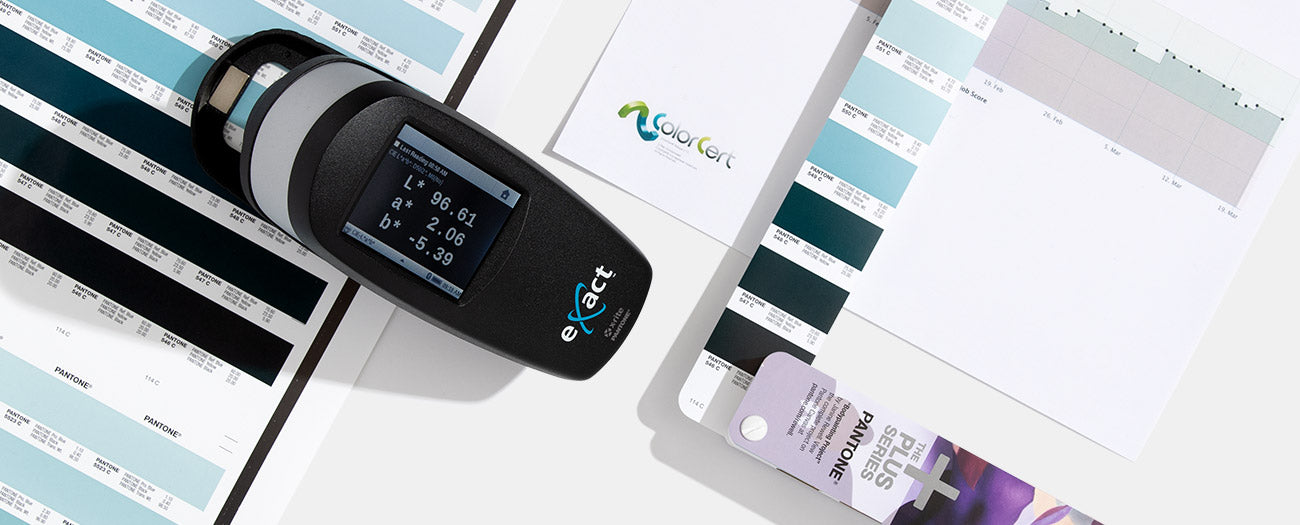 eXact Standard Spectrophotometer checking color