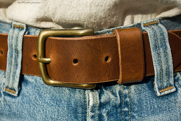 the earthworks classic brown leather belt 4 - earthworks journals - ECLB002