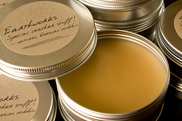 Earthworks special leather stuff 3 - natural beeswax dubbin - earthworks journals