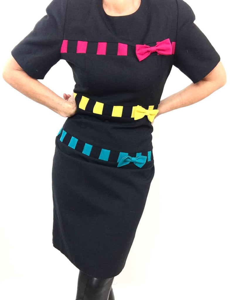 Vintage 1980's Sweet & Feminie Black Sheath Dress W/Colorful Sash Draping