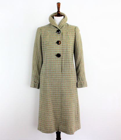 Vintage 1960's Checked Coat with Amber Toned buttons And Shawl Collar
