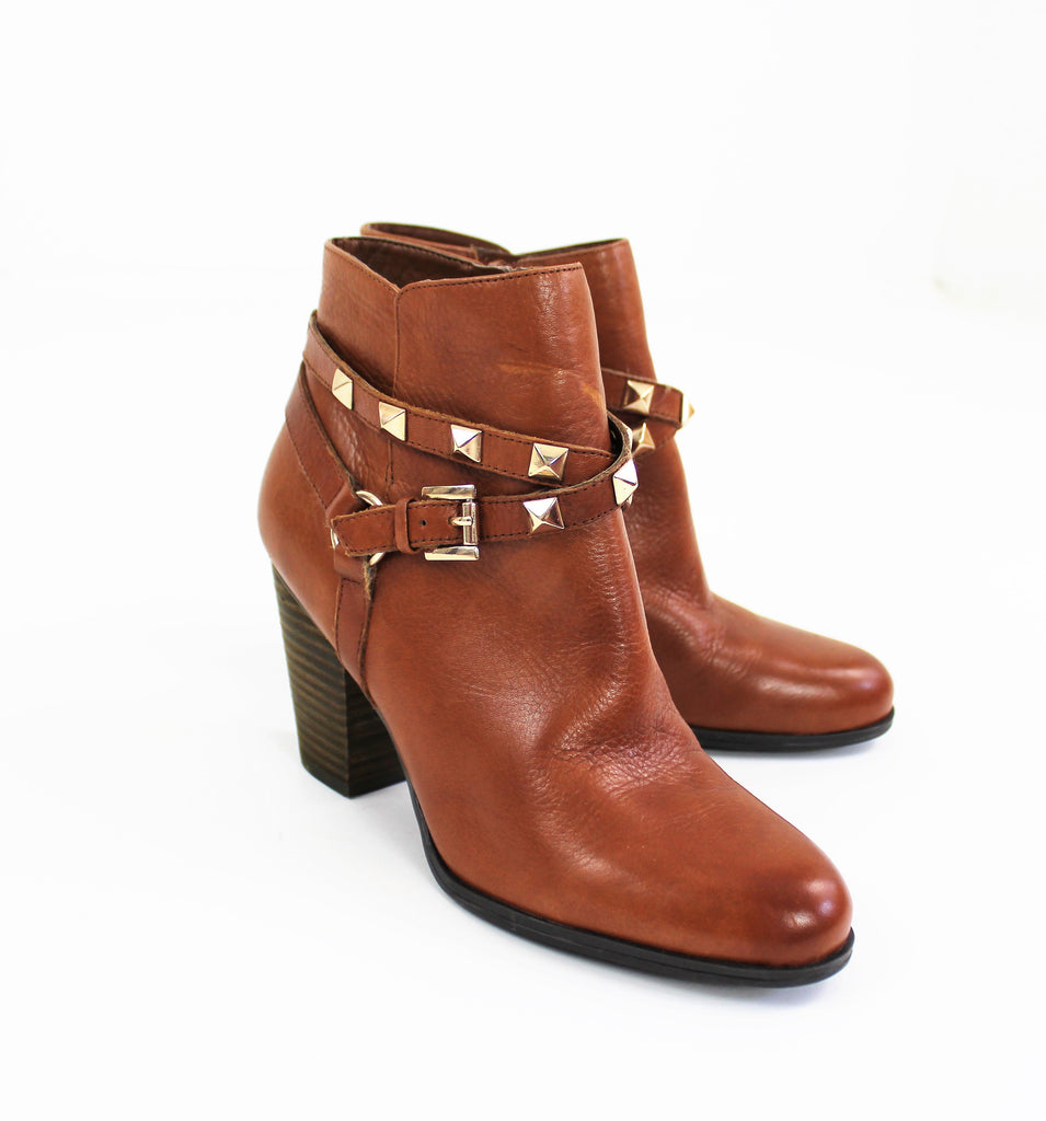 GUESS Light Brown Women's Fran Studded Ankle Boots Size 8 NWOB