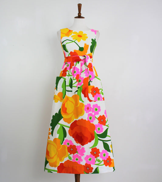 Vintage 1960's MALIA HAWAII Bright Mod Floral Tropical Hawaiian Dress