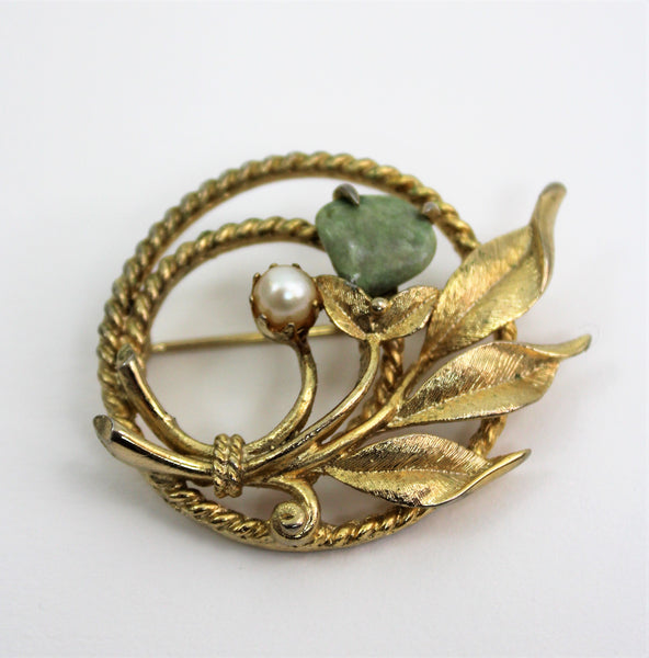Vintage Sarah Coventry Pearl & Jade Leaf Pin Gold Tone Twisted Rope Style