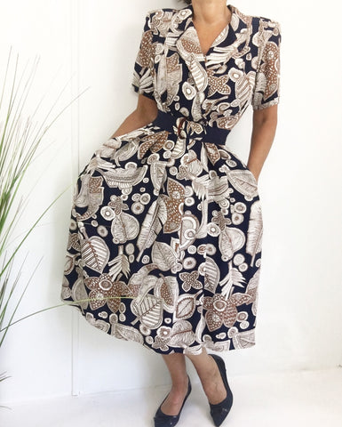 Vintage 80s Shirtwaist Wrap Day Dress