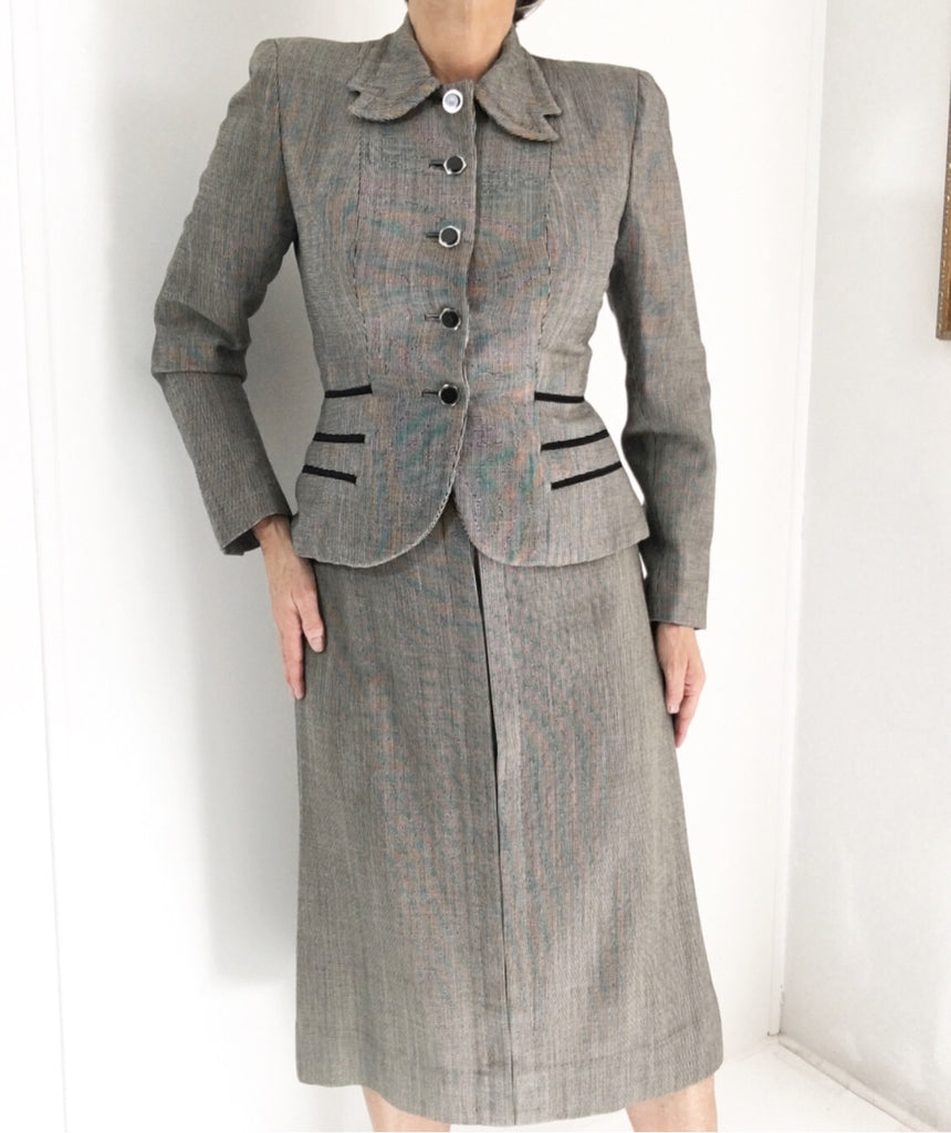Vintage Late 1940s Checked Skirt Suit W/Tailored Blazer Jacket