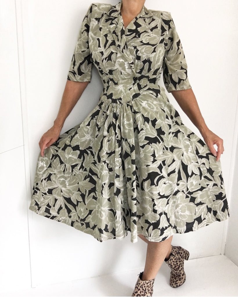 Vintage Shirt Waist Classic Day Dress