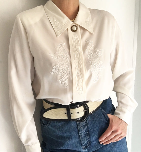 Vintage Off White Embroidered Classic Blouse