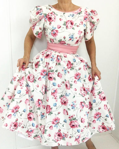Vintage Forget me Not Chintz Cotton Tea Dress w/Cummerbund and Bow