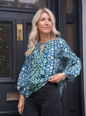 TOSCANA SILK TOP IN NAVY/MINT