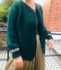 MIA CARDI IN FOREST GREEN