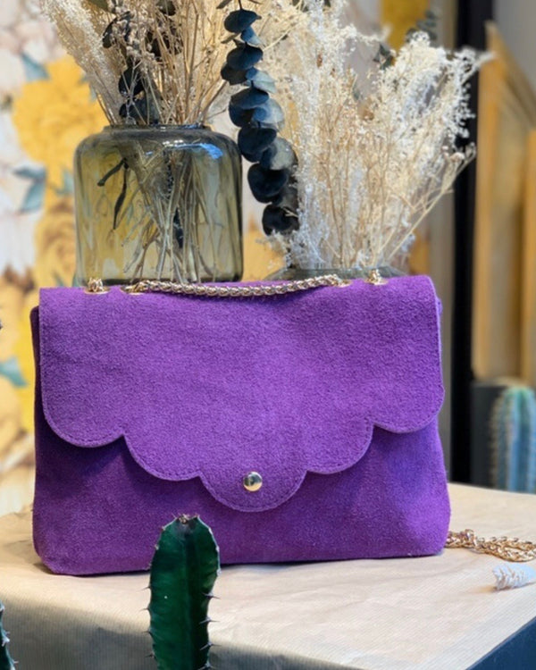 LOLA CLUTCH IN PURPLE