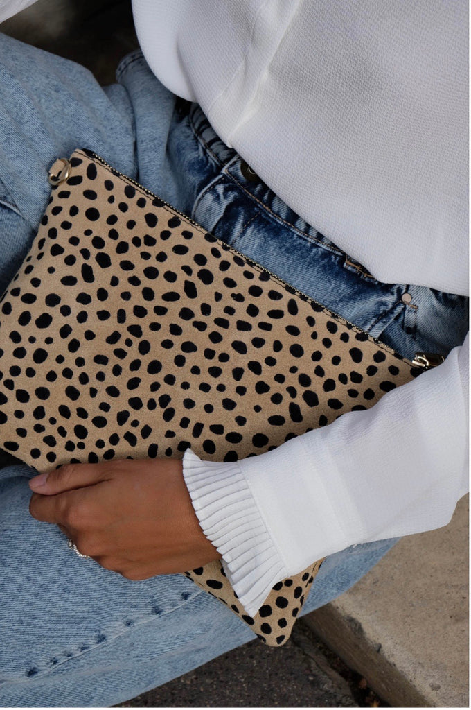 CHEETAH PRINT CLUTCH