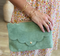 LOLA CLUTCH IN LIGHT GREEN