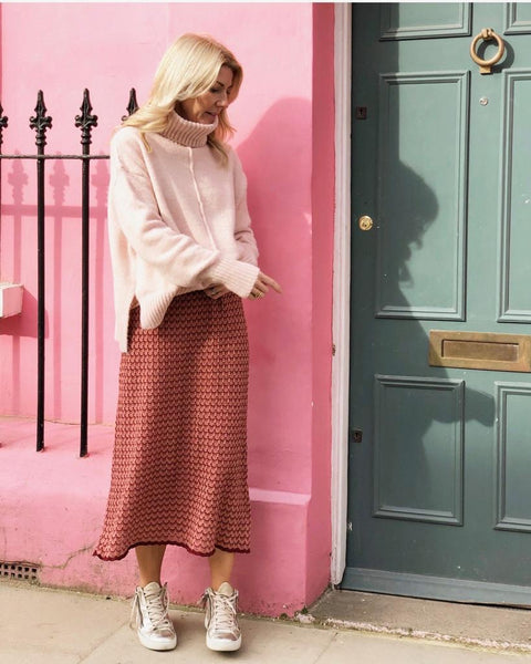 ELISA TURTLENECK JUMPER IN SOFT PINK