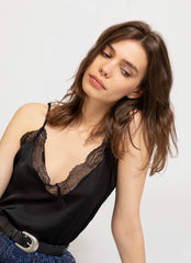 JEANNE CAMISOLE IN BLACK