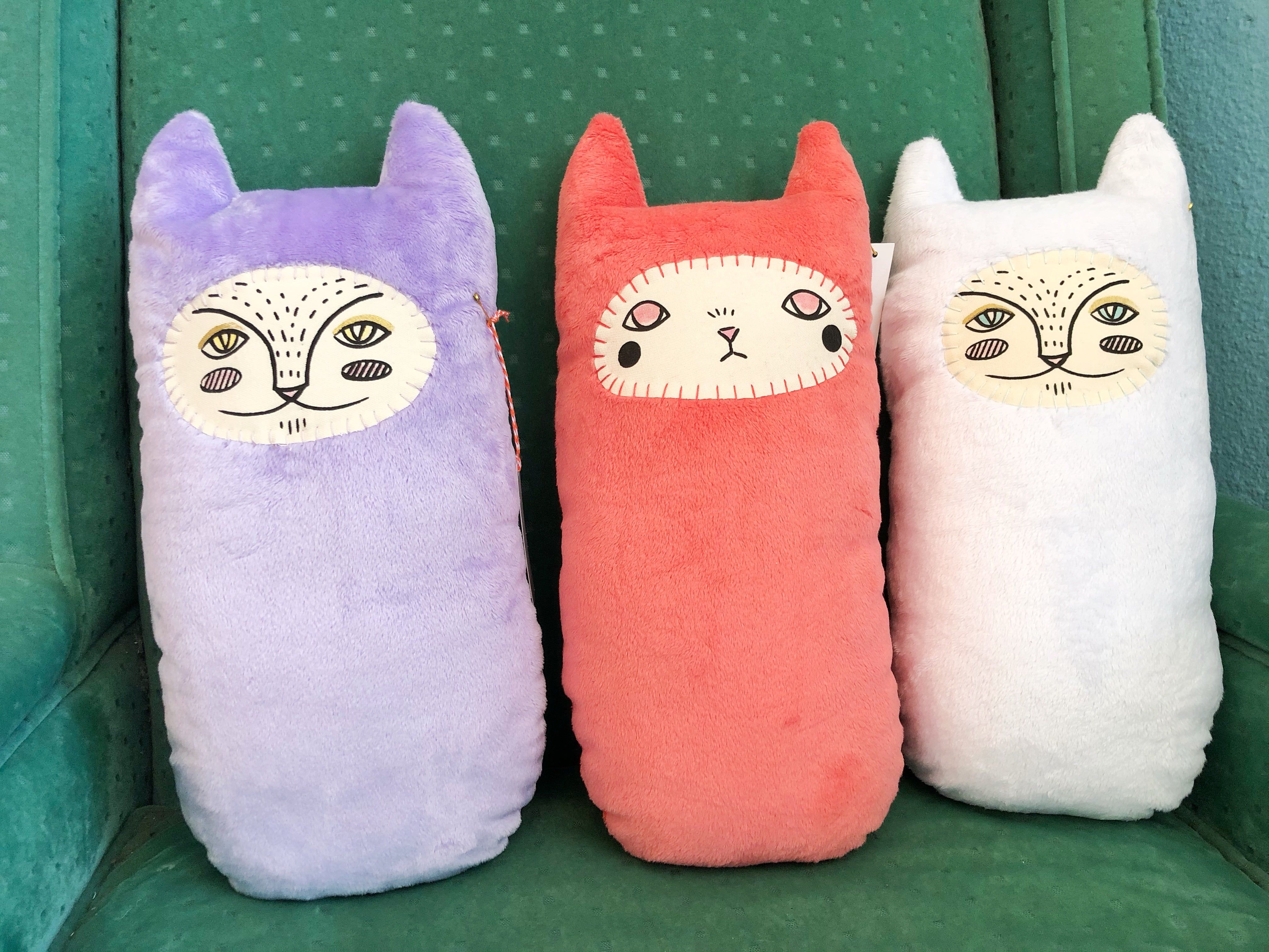 Retro Plush Kitties