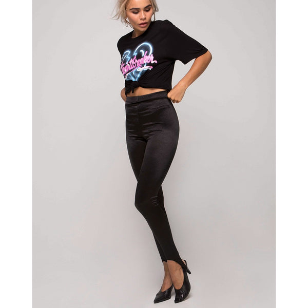MOTEL ROCKS COCO KNOT TOP IN BLACK W/HEARTBREAKER LOGO