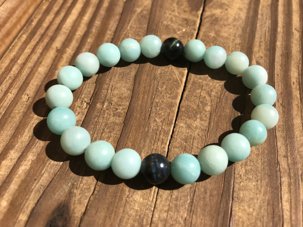 Gemstones have strong frequencies and are worn for their healing properties and positive vibes.  They're also beautiful accessories that meld with any style.