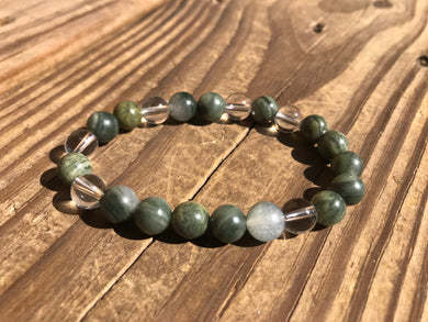 Beautiful Green Line Jasper & Quartz Crystal Mala Bracelet.