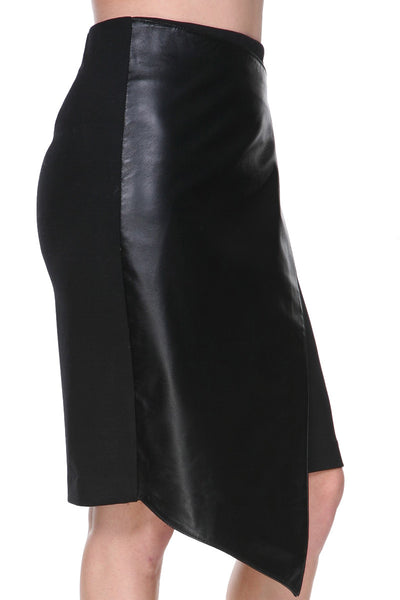 Detailed leather skirt asymmetrical long
