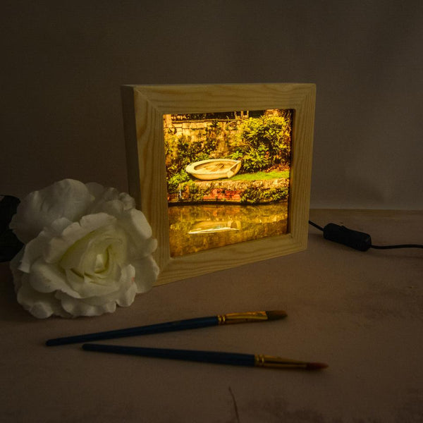 This pretty lightbox is handmade and features a photo taken along the Bath canal