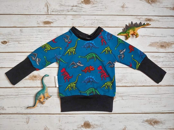 Dragon Sweater - ROAR