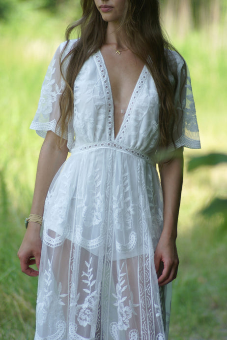 Ethereal Lace Maxi Dress | Claire de Lune Boutique